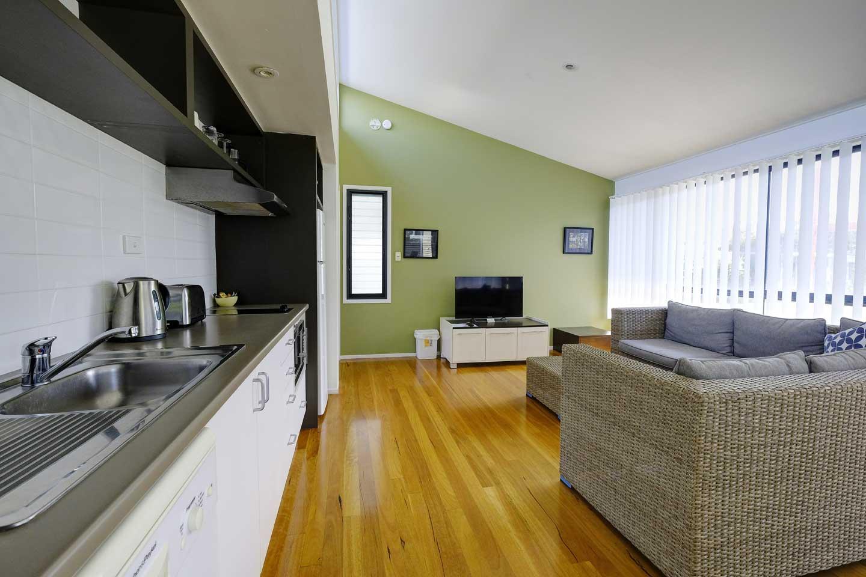 two-bed-resort-kitchen