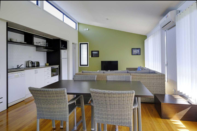 two-bedroom-resort-living-room
