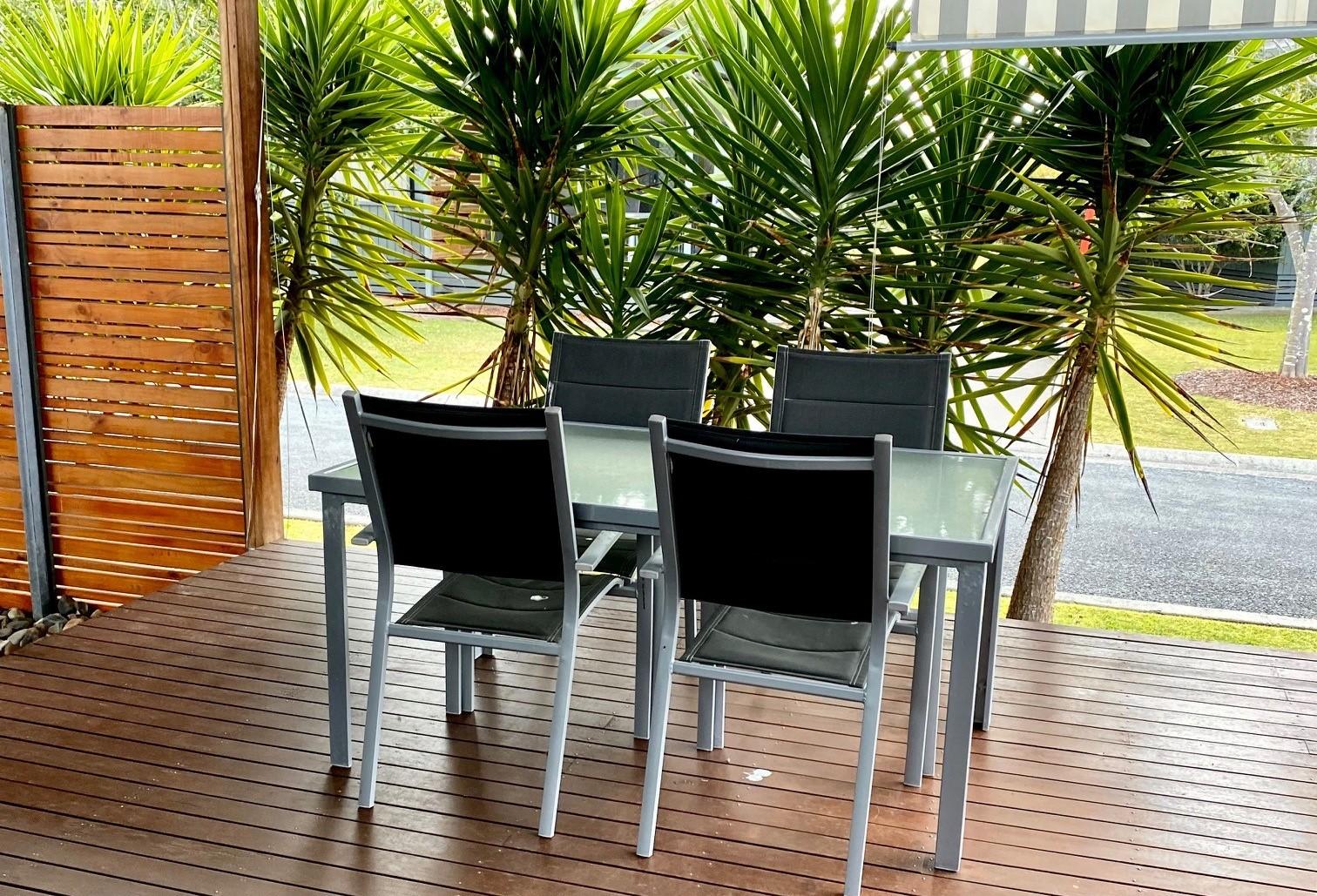standard villa: outdoor living