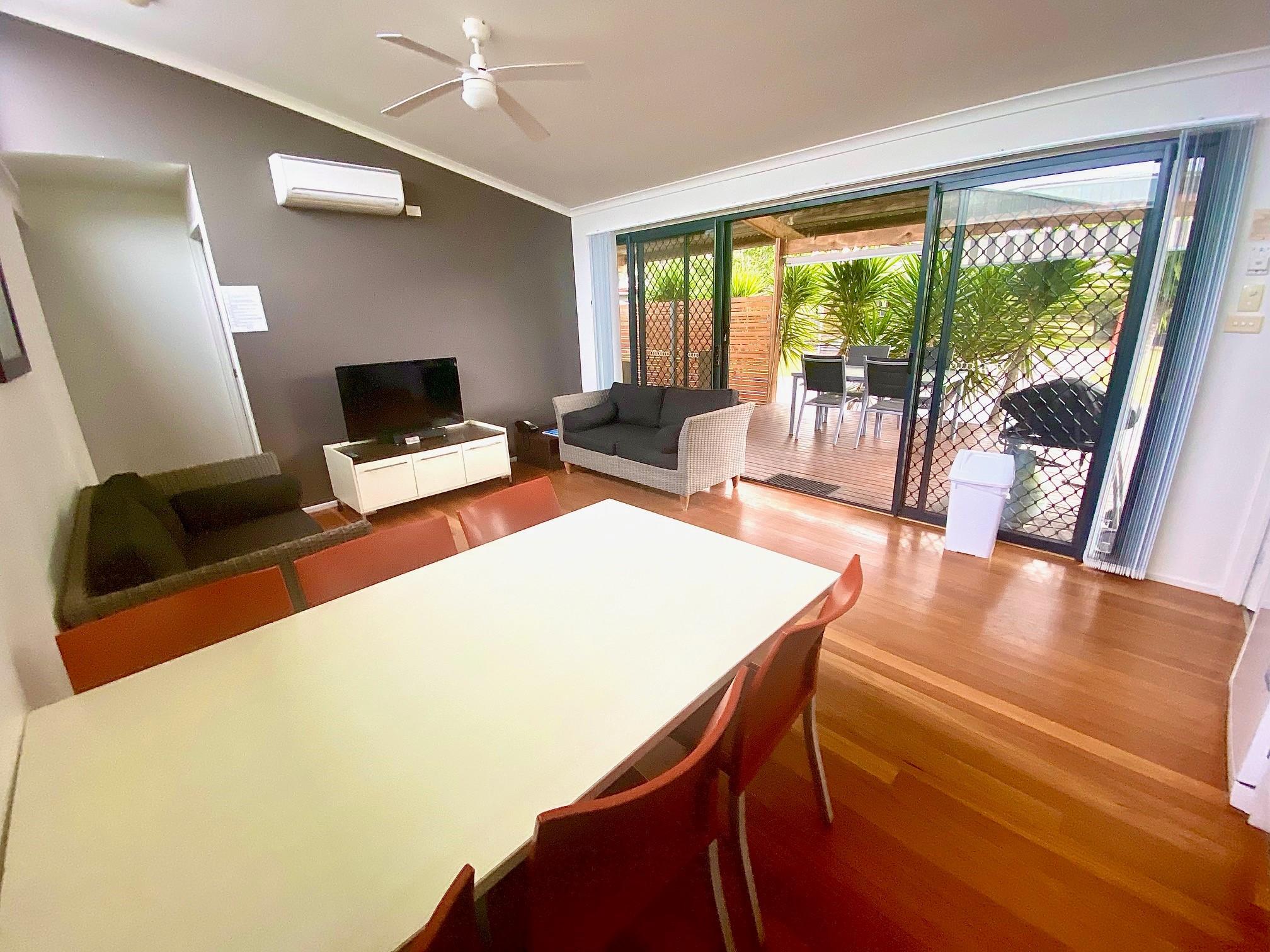 standard villa: Living